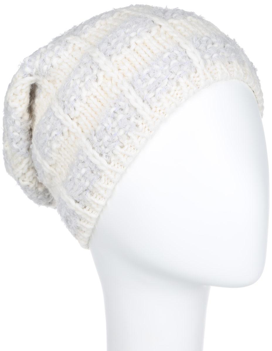 Шапка женская. 43024302Стильная женская шапка Noryalli - теплая удлиненная модель для холодной погоды. Сочетание различных материалов обеспечивает сохранение тепла и удобную посадку. Шапка выполнена оригинальной вязкой и оформлена кожаной эмблемой с логотипом бренда. Такая шапка - комфортная защита от холода.