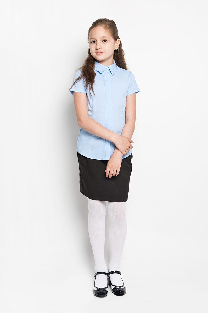 Блузка для девочки School. 64165_OLG64165_OLGЭлегантная блузка для девочки Orby School идеально подойдет для школы. Изготовленная из полиэстера с добавлением хлопка, она необычайно мягкая, легкая и приятная на ощупь, не сковывает движения и позволяет коже дышать, не раздражает даже самую нежную и чувствительную кожу ребенка, обеспечивая наибольший комфорт. Блузка приталенного силуэта с отложным воротником и короткими рукавами застегивается на пуговицы скрытые под планкой. Такая блузка - незаменимая вещь для школьной формы, отлично сочетается с юбками, брюками и сарафанами. Эта модель всегда выглядит великолепно!