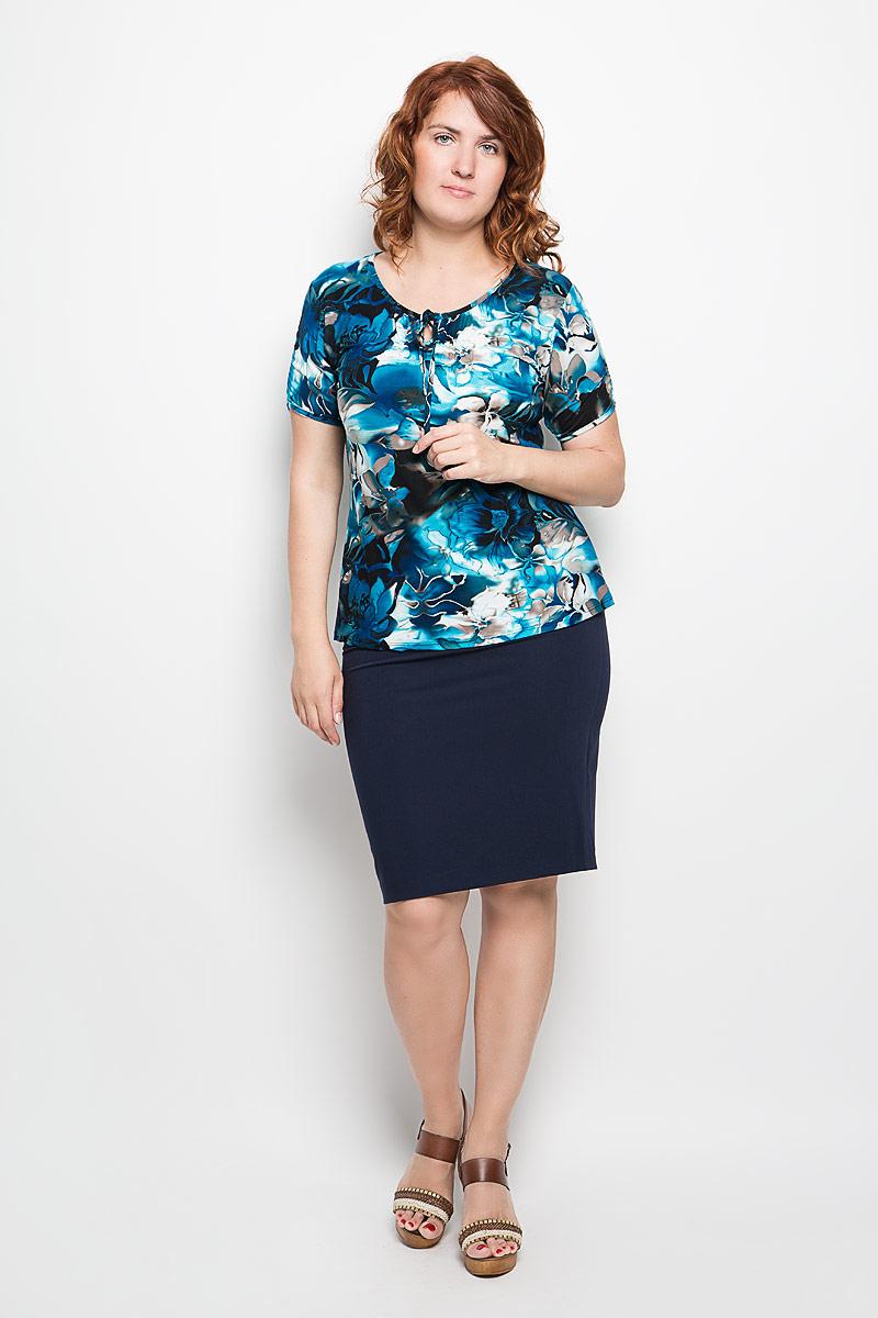 54152_1Красивая блузка Milana Style, выполненная из эластичной вискозы, подчеркнет ваш уникальный стиль. Материал очень мягкий и приятный на ощупь, не сковывает движения и хорошо вентилируется. Блузка с фигурным вырезом горловины и короткими рукавами оформлена цветочным принтом. Модель имеет приталенный силуэт. У выреза горловины и на рукавах блузка присборена на тонкие эластичные резинки. Вырез горловины дополнен завязками. Такая блузка будет дарить вам комфорт в течение всего дня и станет замечательным дополнением к вашему гардеробу!