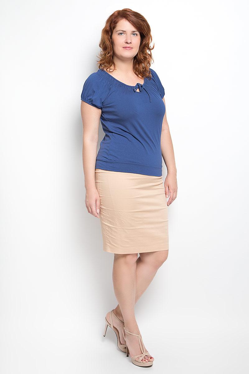 Футболка женская. 5407054070Стильная женская футболка Milana Style, выполненная из вискозы с дополнением эластана, обладает высокой теплопроводностью, воздухопроницаемостью и гигроскопичностью, позволяет коже дышать. Модель с короткими рукавами-реглан и круглым вырезом горловины - идеальный вариант для создания стильного современного образа. Низ рукавов и вырез горловины дополнены сборкой. Вырез горловины также оформлен небольшим бантом. Низ изделия обработан широкой манжетой. Такая модель подарит вам комфорт в течение всего дня и послужит замечательным дополнением к вашему гардеробу.