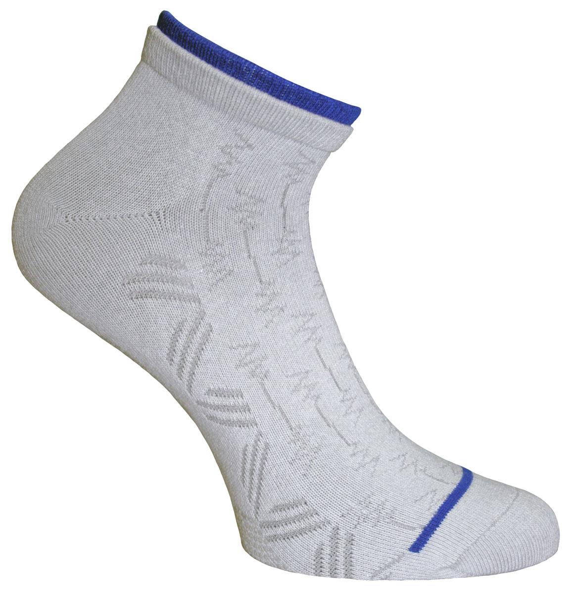 Носки женские Soft Cotton. 8510685106Удобные укороченные носки Master Socks, изготовленные из высококачественного комбинированного материала, очень мягкие и приятные на ощупь, позволяют коже дышать. Эластичная резинка плотно облегает ногу, не сдавливая ее, обеспечивая комфорт и удобство. Носки с противоскользящим покрытием в зоне стопы, оформлены полупрозрачным орнаментом и дополнены контрастной вставкой на манжете. Практичные и комфортные носки великолепно подойдут к любой вашей обуви.