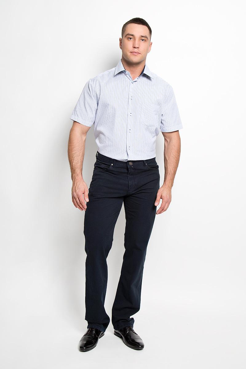 Рубашка мужская. JJ-k-1008-SL15-U1JJ-k-1008-SL15-U1Мужская рубашка John Jeniford, выполненная из хлопка с добавлением полиэстера, прекрасно подойдет для повседневной носки. Материал очень легкий, мягкий и приятный на ощупь, не сковывает движения и позволяет коже дышать. Рубашка кроя slim fit с отложным воротником и короткими рукавами застегивается на пластиковые пуговицы. На груди предусмотрен накладной карман. Рубашка оформлена актуальным принтом в узкую полоску. Такая модель будет дарить вам комфорт в течение всего дня и станет стильным дополнением к вашему гардеробу.