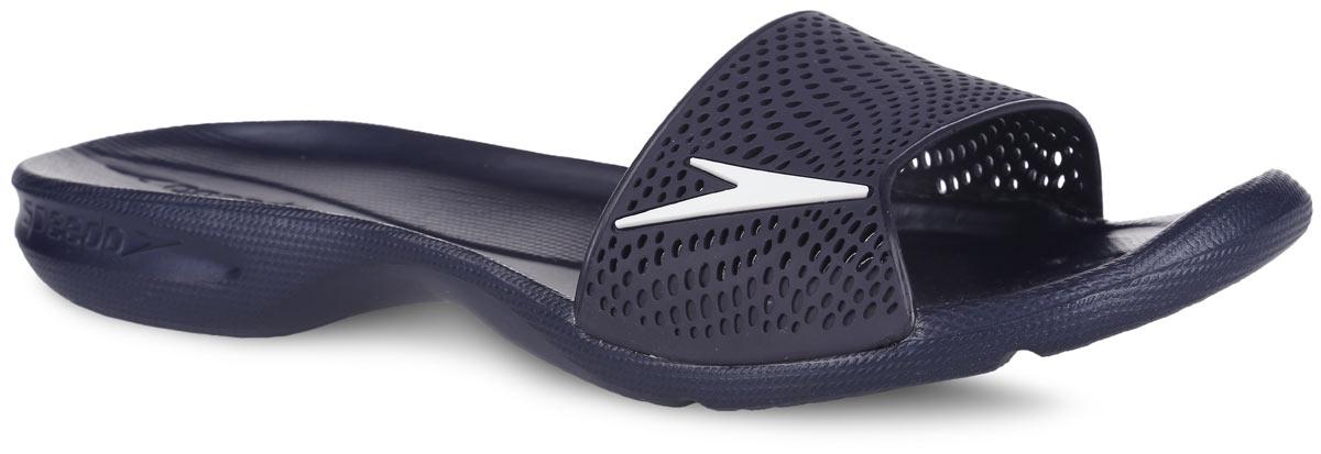 8-09188A676-A676Оригинальные женские шлепанцы Atami II Max от Speedo с перфорированной верхней частью изделия, благодаря которой быстро удаляется влага и обеспечивается дополнительная вентиляция, изготовлены из термополиуретана и оформлены символикой бренда. Рифление на верхней поверхности подошвы, выполненной из ЭВА материала, предотвращает выскальзывание ноги, отверстия в области носка предназначены для слива воды. Специальный рисунок подошвы гарантирует оптимальное сцепление при ходьбе как по сухой, так и по влажной поверхности. Удобные шлепанцы прекрасно подойдут для похода в бассейн или на пляж.