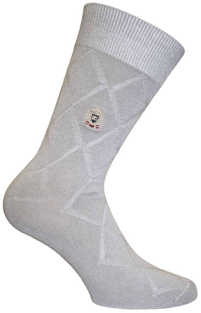 88617Удобные носки Soft Bamboo от Master Socks изготовлены из высококачественного бамбука с добавлением полиамида и эластана. Эластичная резинка плотно облегает ногу, не сдавливая ее, обеспечивая комфорт и удобство. Носки с паголенком классической длины.