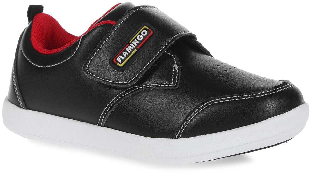 Полуботинки для мальчика. 61-NK1161-NK118Полуботинки от Flamingo займут достойное место в гардеробе вашего мальчика. Модель выполнена из искусственной кожи и оформлена по верху контрастной прострочкой. Ремешок на застежке-липучке, оформленный нашивкой с названием бренда, помогает оптимально подогнать полноту обуви по ноге. Текстильная подкладка гарантирует комфорт и предотвращает натирание. Анатомическая стелька ORTO-Preventive из вспененного полимера с верхним покрытием из натуральной кожи, дополненная сводоподдерживающим элементом, обеспечивает максимальную устойчивость ноги при ходьбе и правильное формирование стопы. Подошва оснащена рифлением для лучшей сцепки с поверхностью. Модные полуботинки заинтересуют вашего малыша с первого взгляда.