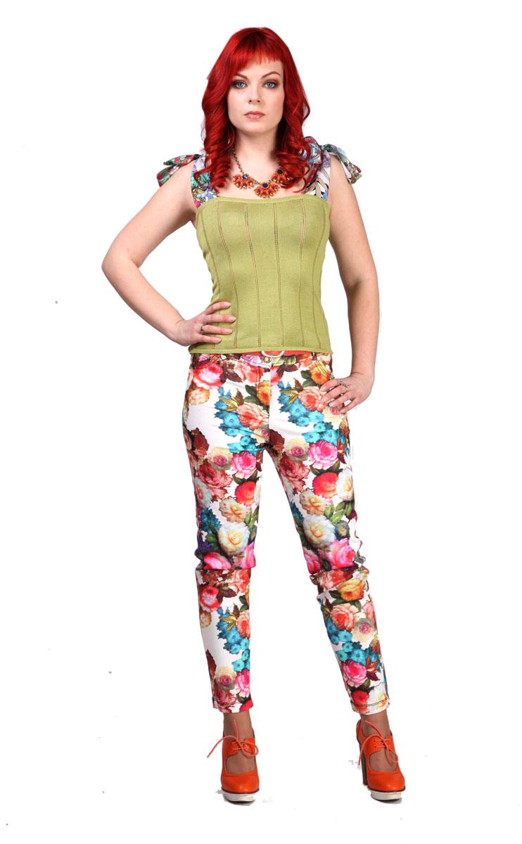 Топ106-401-003503-044_1137Стильный женский топ Milana Style изготовлен из хлопка с добавлением синтетического материала. Модель оснащена завязывающимися бретельками, оформленными цветочным принтом. Топ оформлен оригинальным вязаным узором.