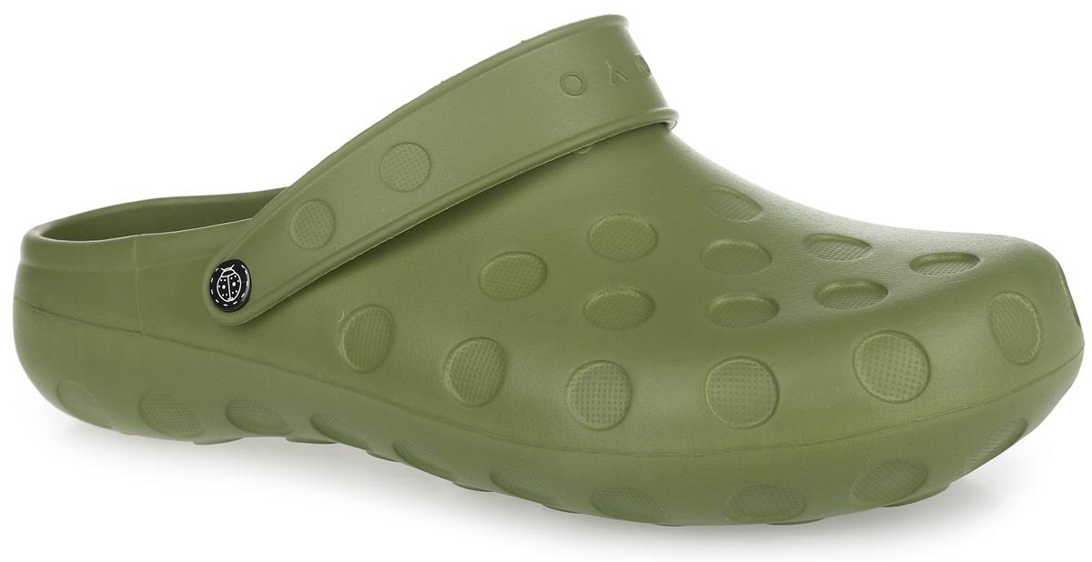 Сабо мужские. 1CZ1CZОчень легкие сабо от OYO с ремешком на пятке и закрытым мыском, выполненные полностью из ЭВА материала - это превосходный вид обуви. Ремешок на пятке дополнен символикой бренда. Материал ЭВА имеет пористую структуру, обладает великолепными теплоизоляционными и морозостойкими свойствами, 100% водонепроницаемостью, придает обуви амортизационные свойства, мягкость при ходьбе, устойчивость к истиранию подошвы. Рифление на верхней поверхности подошвы предотвращает выскальзывание ноги. Рельефное основание подошвы обеспечивает уверенное сцепление с любой поверхностью. Удобные сабо прекрасно подойдут для работы в огороде, для похода в бассейн или на пляж.