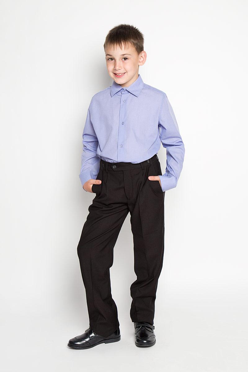 64201_OLB_вариант 1Рубашка для мальчика Orby School, выполненная из хлопка и полиэстера, отлично сочетается как с джинсами, так и с классическими брюками. Материал изделия мягкий и приятный на ощупь, не сковывает движения и обладает высокими дышащими свойствами. Рубашка с длинными рукавами и отложным воротником застегивается спереди на пуговицы по всей длине. Модель имеет слегка приталенный силуэт. На манжетах также предусмотрены застежки-пуговицы. Украшено изделие небольшим вышитым логотипом бренда. Современный дизайн и высокое качество исполнения принесут удовольствие от покупки и подарят отличное настроение!