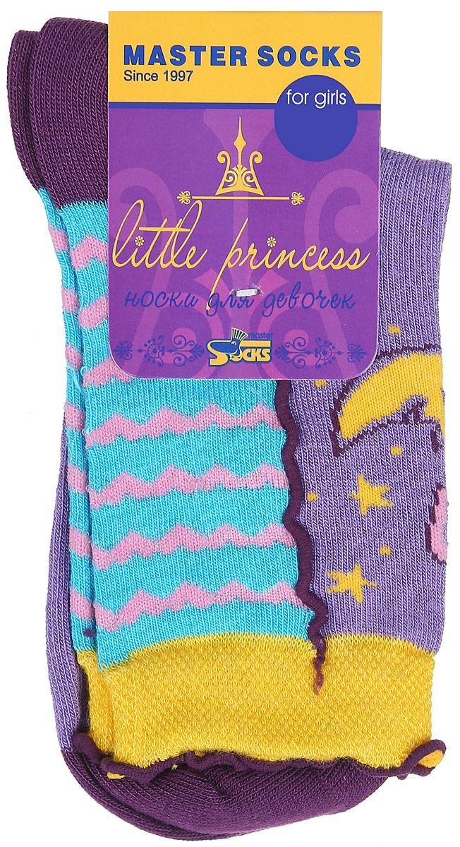Носки для девочки Little Princess. 82608_луна82608Носки для девочки Master Socks Little Princess изготовлены из высококачественных материалов. Ткань очень мягкая и тактильно приятная. Содержание бамбука в составе обеспечивает высокую прочность, эластичность и воздухопроницаемость. Изделие хорошо стирается, длительное время сохраняет привлекательный внешний вид. Эластичная резинка мягко облегает ножку ребенка, обеспечивая удобство и комфорт. Края носочков оформлены окантовкой с волнистым краем. Модель украшена принтом в полоску, надписью и изображением луны. Изделие декорировано тонкой металлизированной блестящей нитью. Красивые носочки станут отличным дополнением к гардеробу маленькой принцессы! Уважаемые клиенты! Размер, доступный для заказа, является длиной стопы.
