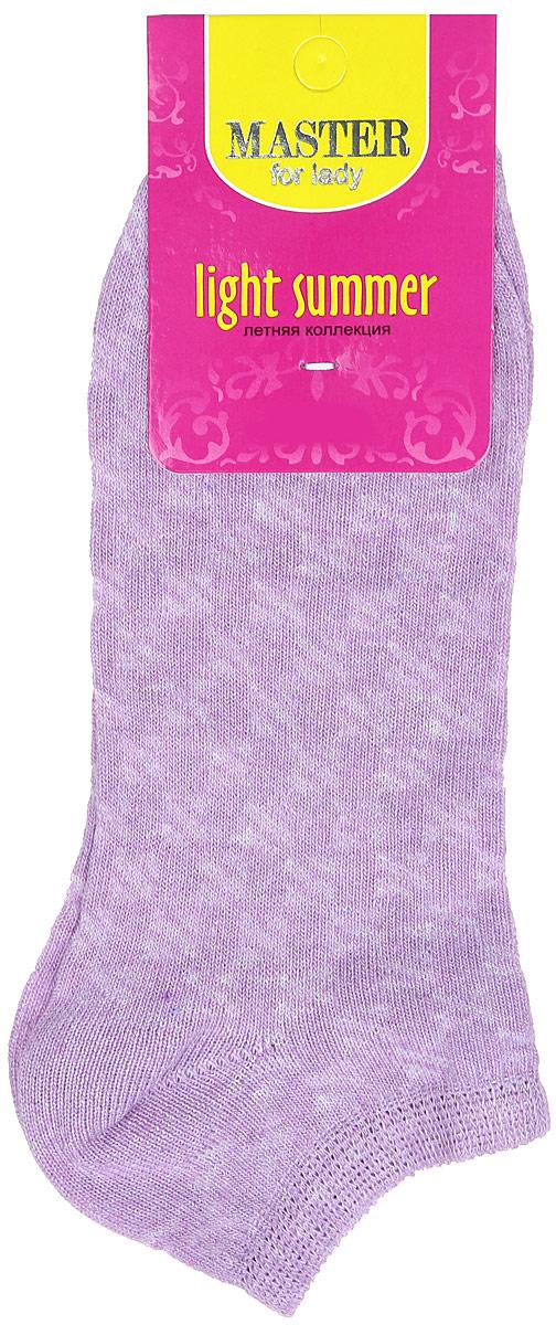 55059Удобные носки Master Socks, изготовленные из высококачественного комбинированного материала, очень мягкие и приятные на ощупь, позволяют коже дышать. Эластичная резинка плотно облегает ногу, не сдавливая ее, обеспечивая комфорт и удобство. Модель с укороченным паголенком оформлена полупрозрачным орнаментом. Удобные и комфортные носки великолепно подойдут к любой вашей обуви.