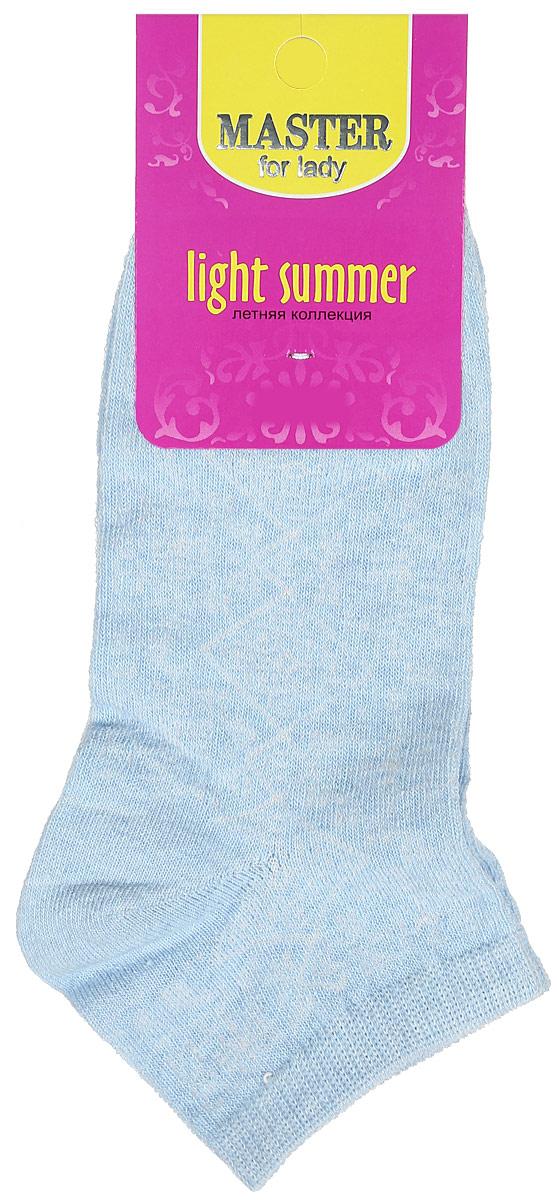 Носки женские Light Summer. 5505955059Удобные носки Master Socks, изготовленные из высококачественного комбинированного материала, очень мягкие и приятные на ощупь, позволяют коже дышать. Эластичная резинка плотно облегает ногу, не сдавливая ее, обеспечивая комфорт и удобство. Модель с укороченным паголенком оформлена полупрозрачным орнаментом. Удобные и комфортные носки великолепно подойдут к любой вашей обуви.