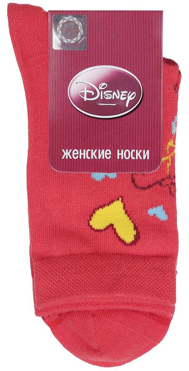 Носки женские Disney. 15100_вини15100Удобные носки Master Socks, изготовленные из высококачественного комбинированного материала, очень мягкие и приятные на ощупь, позволяют коже дышать. Эластичная резинка плотно облегает ногу, не сдавливая ее, обеспечивая комфорт и удобство. Носки оформлены принтом с изображением героев мультфильма. Практичные и комфортные носки великолепно подойдут к любой вашей обуви.