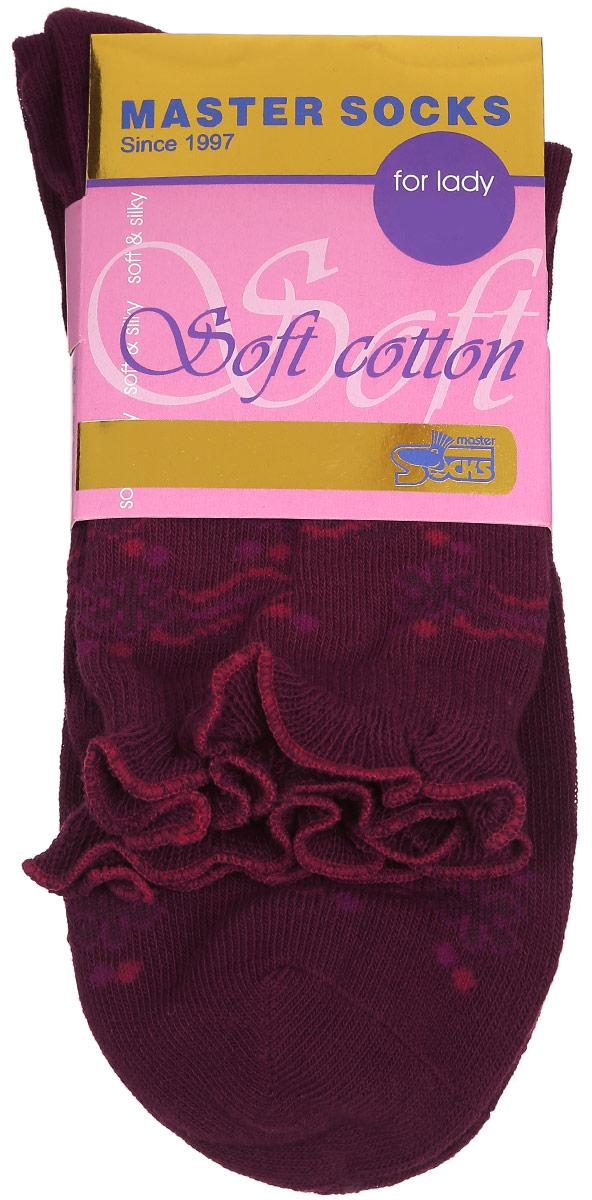 Носки женские Soft Cotton. 8500885008Удобные носки Master Socks, изготовленные из высококачественного комбинированного материала, очень мягкие и приятные на ощупь, позволяют коже дышать. Эластичная резинка плотно облегает ногу, не сдавливая ее, обеспечивая комфорт и удобство. Модель с стандартным паголенком оформлена оригинальным принтом, манжета изделия дополнена рюшами. Удобные и комфортные носки великолепно подойдут к любой вашей обуви.