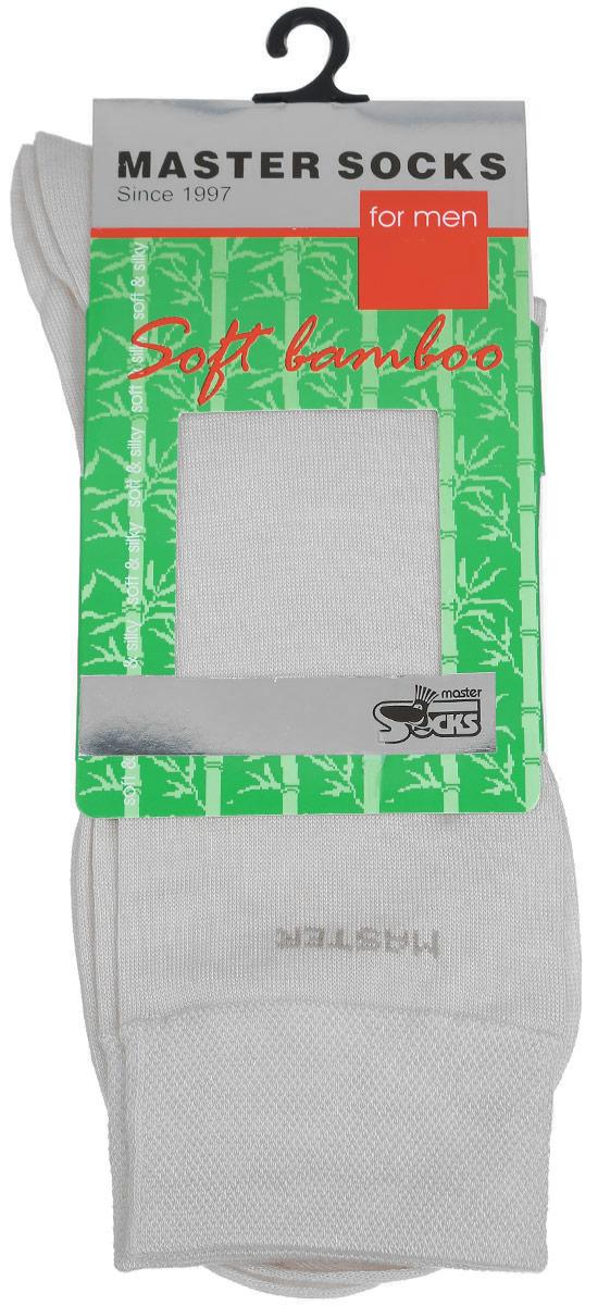 Носки мужские. 8860188601Удобные носки Master Socks, изготовленные из высококачественного комбинированного материала, очень мягкие и приятные на ощупь, позволяют коже дышать. Эластичная резинка плотно облегает ногу, не сдавливая ее, обеспечивая комфорт и удобство. Носки с паголенком классической длины. Практичные и комфортные носки великолепно подойдут к любой вашей обуви.