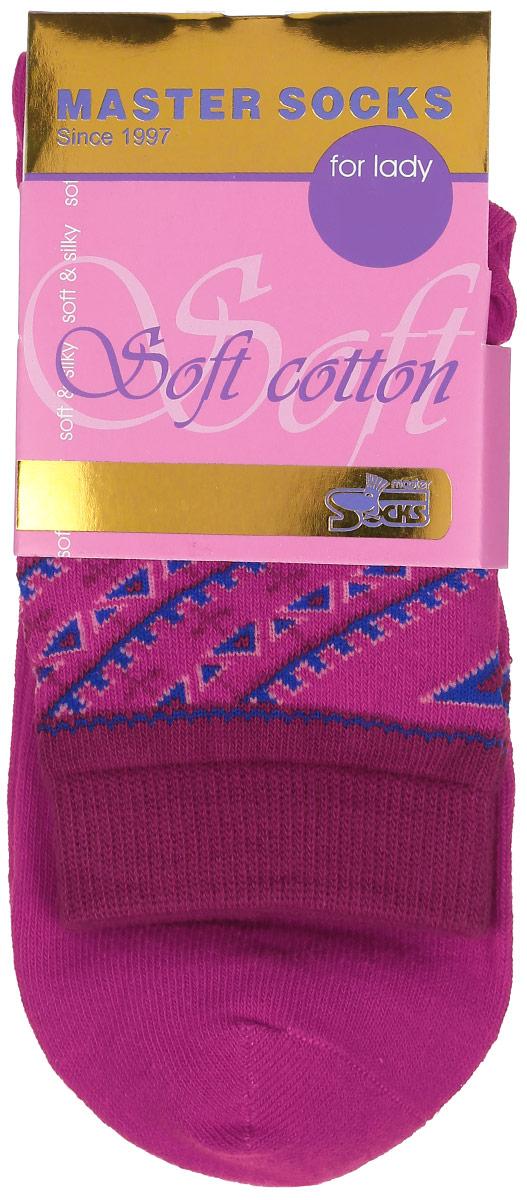 Носки женские Soft Cotton. 85010_узор85010Удобные носки Master Socks, изготовленные из высококачественного комбинированного материала, очень мягкие и приятные на ощупь, позволяют коже дышать. Эластичная резинка плотно облегает ногу, не сдавливая ее, обеспечивая комфорт и удобство. Модель с стандартным паголенком оформлена оригинальным принтом. Удобные и комфортные носки великолепно подойдут к любой вашей обуви.