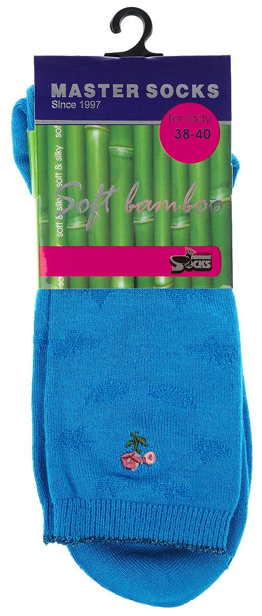 85608Удобные носки Master Socks, изготовленные из высококачественного комбинированного материала, очень мягкие и приятные на ощупь, позволяют коже дышать. Эластичная резинка плотно облегает ногу, не сдавливая ее, обеспечивая комфорт и удобство. Носки дополнены полупрозрачным орнаментом и оформлены вышивкой в виде цветка. Практичные и комфортные носки великолепно подойдут к любой вашей обуви.