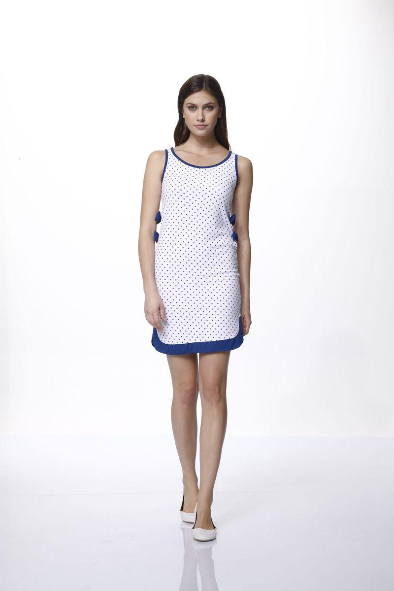 45615Домашнее платье Relax Mode выполнено из вискозы и оформлено принтом в горох. Платье-мини с круглым вырезом горловины и без рукавов дополнено по бокам вырезами и бантиками.