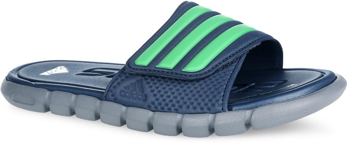 AQ4915Стильные шлепанцы от adidas adiLight Supercloud xJ с яркий дизайном, небольшим весом превращают эту модель в идеальный выбор как для бассейна, так и для пляжного отдыха. Верх модели выполнен из полимерного материала и оформлен фирменными полосками. Обувь в области подъема регулируется с помощью застежки-липучки. Быстросохнущая стелька с технологией Supercloud, изготовленная из ЭВА материала, повторяет форму стопы, предупреждает появление запаха, гарантирует прекрасную амортизацию и максимальный комфорт стоп. Рельефное основание литой подошвы из ЭВА материала гарантирует уверенное сцепление с любой поверхностью. Такие шлепанцы придутся по душе вашему мальчику.
