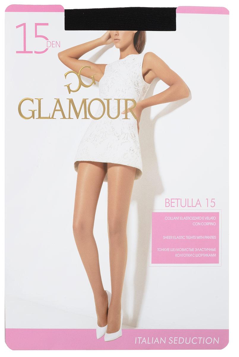 Колготки женские Betulla 15. 2795427954Стильные классические колготки Glamour Betulla 15, изготовленные из эластичного полиамида, идеально дополнят ваш образ и превосходно подойдут к платьям и юбкам. Ультратонкие шелковистые колготки с шортиками легко тянутся, что делает их комфортными в носке. Гладкие и мягкие на ощупь, они имеют комфортный пояс и укрепленный прозрачный мысок. Идеальное облегание и комфорт гарантированы при каждом движении. Плотность: 15 den.