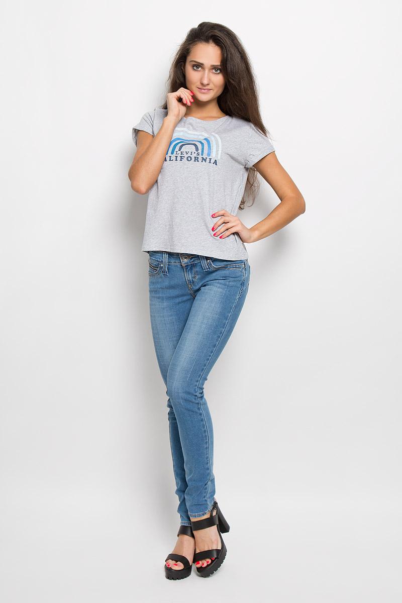 Футболка1728800220Женская футболка Levis®, выполненная из натурального хлопка, поможет создать отличный современный образ в стиле Casual. Футболка с круглым вырезом горловины и короткими рукавами. Модель оформлена принтом в виде дуг и надписи Levis® California. Такая футболка станет стильным дополнением к вашему гардеробу, она подарит вам комфорт в течение всего дня!