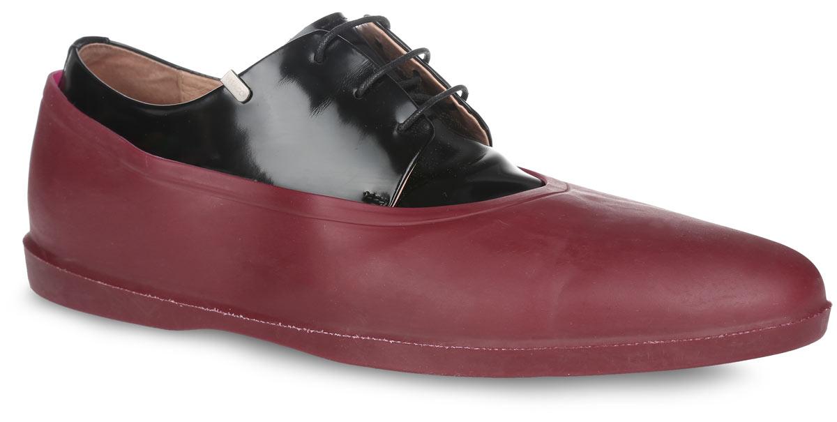 Галоши на обувь мужские. RSRSAСтильные мужские галоши предназначены для защиты обуви от влаги, грязи, снега, соли и песка. Модель выполнена из резины с добавлением силикона. Галоши легко надеваются на обувь и принимают ее форму. Также галоши оберегают заднюю часть обуви от повреждения при нажатии на педали автомобиля. Галоши легко моются и быстро сохнут. Рифление на подошве обеспечивает отличное сцепление с любой поверхностью. Модные галоши не только защитят вашу обувь, они помогут изменить ее внешний вид, сделав его более эффектным.