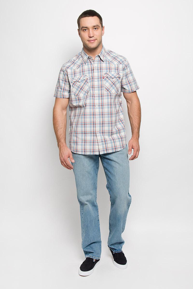 Рубашка6581700710Мужская рубашка Levis® в стиле Western прекрасно подойдет для повседневной носки. Изделие выполнено из натурального хлопка, легкое, тактильно приятное, не сковывает движения и хорошо пропускает воздух. Рубашка с отложным воротником и короткими рукавами застегивается спереди на кнопки и одну пуговицу. Модель отличается оригинальными ковбойскими элементами дизайна на передней и задней кокетках, оснащена нагрудными карманами с клапанами на кнопках. Изделие оформлено принтом в клетку. Такая рубашка будет дарить вам комфорт в течение всего дня и станет стильным дополнением к вашему гардеробу.