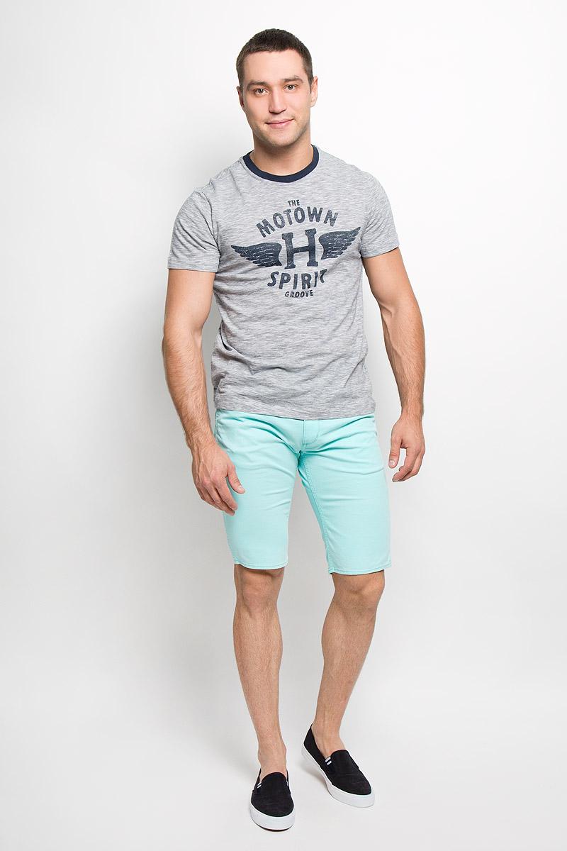 Футболка мужская. Ts-211/891-5310Ts-211/891-5310Стильная мужская футболка Sela, выполненная из высококачественного мягкого хлопка, обладает высокой теплопроводностью, воздухопроницаемостью и гигроскопичностью, позволяет коже дышать. Модель с короткими рукавами и круглым вырезом горловины - идеальный вариант для создания образа в стиле Casual. Футболка с принтом в тонкую полоску на груди оформлена изображением крыльев и различными надписями. Такая модель подарит вам комфорт в течение всего дня и послужит замечательным дополнением к вашему гардеробу.