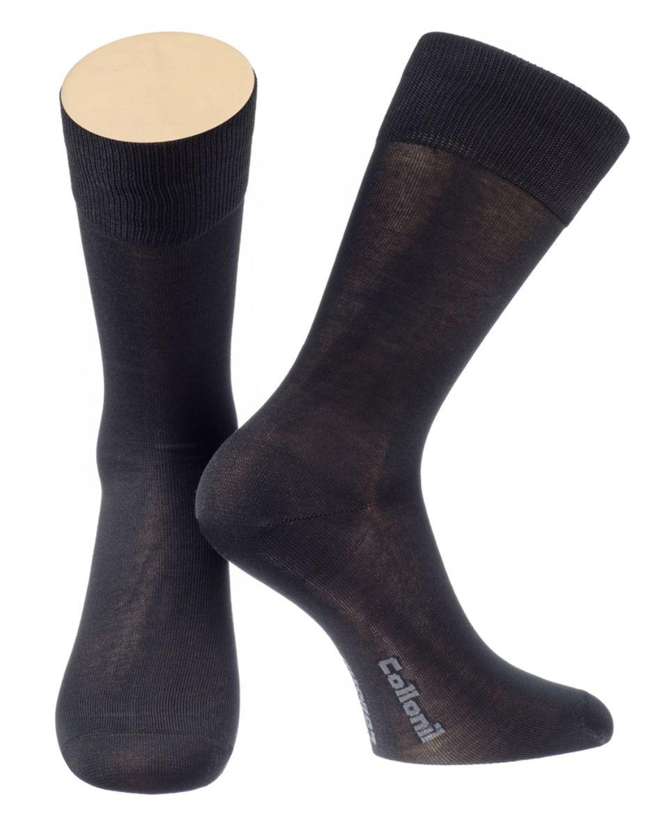 Носки2-19/01Мужские носки Collonil изготовлены из мерсеризованного хлопка с добавлением тактеля. Носки с удлиненным паголенком. Широкая резинка не сдавливает и комфортно облегает ногу.