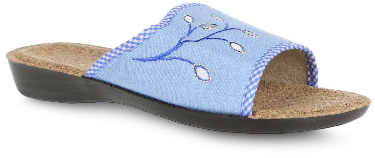 Тапки женские. 02060206-10-П BWTУдобные женские тапки Bris, выполненные из плотного текстиля, помогут отдохнуть вашим ногам после трудового дня. Внешняя сторона тапочек оформлена оригинальной вышивкой. Стелька из пробки обеспечит комфорт и подарит приятные ощущения! Подошва с рельефным протектором обеспечивает сцепление с любыми поверхностями. Необыкновенно легкие тапочки долгое время не теряют формы.