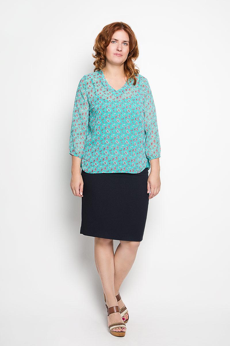 1862-623мСтильный женский твинсет Milana Style, выполненный из полупрозрачного высококачественного материала, будет отлично на вас смотреться. Модель свободного кроя представляет собой яркую майку на тонких бретельках, поверх которой одевается блуза, оформленная цветочным принтом. Блуза выполнена с V-образным вырезом горловины и рукавами 3/4, дополнена боковыми разрезами. Классический покрой, лаконичный дизайн, безукоризненное качество. Идеальный вариант для тех, кто ценит комфорт и качество.