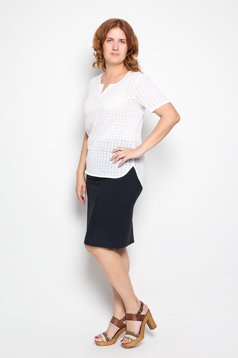 Блузка928мСтильная женская блузка Milana Style, выполненная из хлопка с добавлением вискозы, подчеркнет ваш уникальный стиль и поможет создать женственный образ. Модель c V-образным вырезом горловины и короткими рукавами. Спереди модель дополнена декоративной пуговицей, а сзади небольшой складкой. Спинка немного удлинена. В боковых швах обработаны разрезы. Блуза оформлена оригинальным орнаментом. Такая блузка будет дарить вам комфорт в течение всего дня и послужит замечательным дополнением к вашему гардеробу.