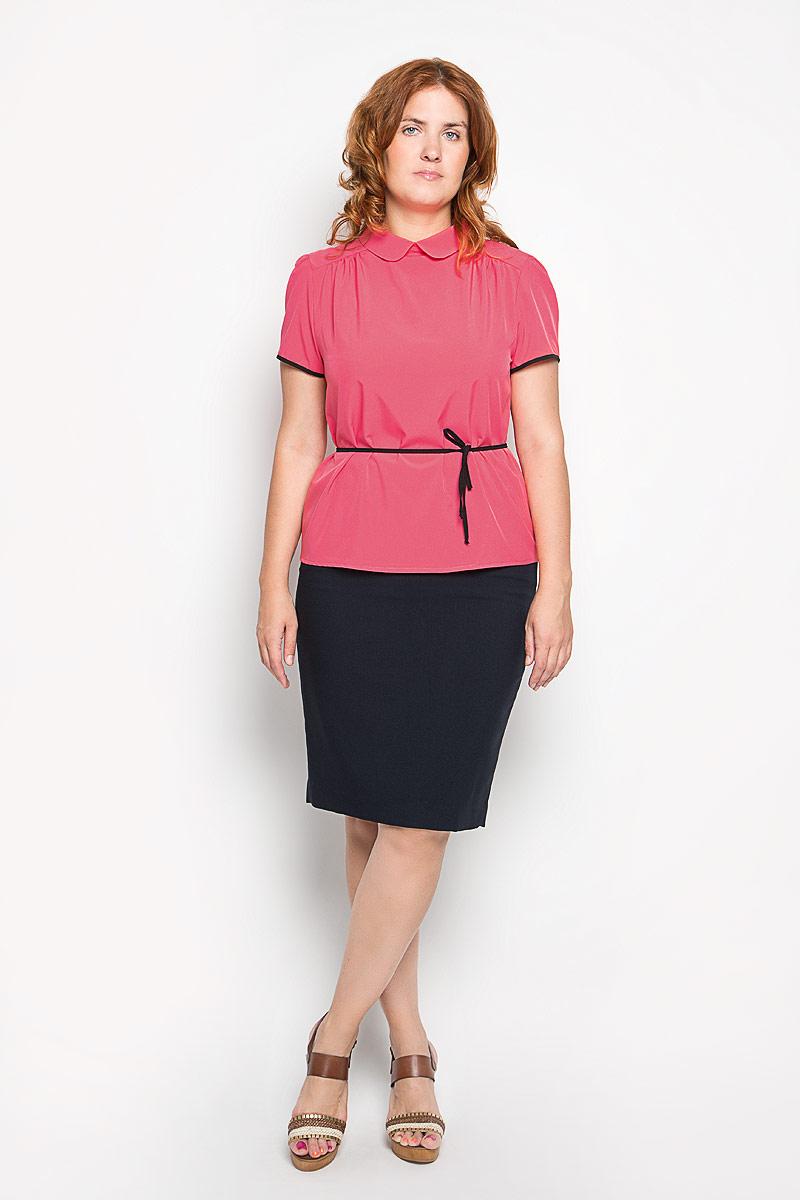 Блузка1956-755мСтильная женская блуза Milana Style, выполненная из вискозы с добавлением полиамида, подчеркнет ваш уникальный стиль и поможет создать оригинальный женственный образ. Блузка с короткими рукавами и отложным воротником оформлена контрастной оторочкой на рукавах. Воротник застегивается на пуговицу. В комплект входит узкий текстильный пояс. Такая блузка идеально подойдет для жарких летних дней. Эта блузка будет дарить вам комфорт в течение всего дня и послужит замечательным дополнением к вашему гардеробу.