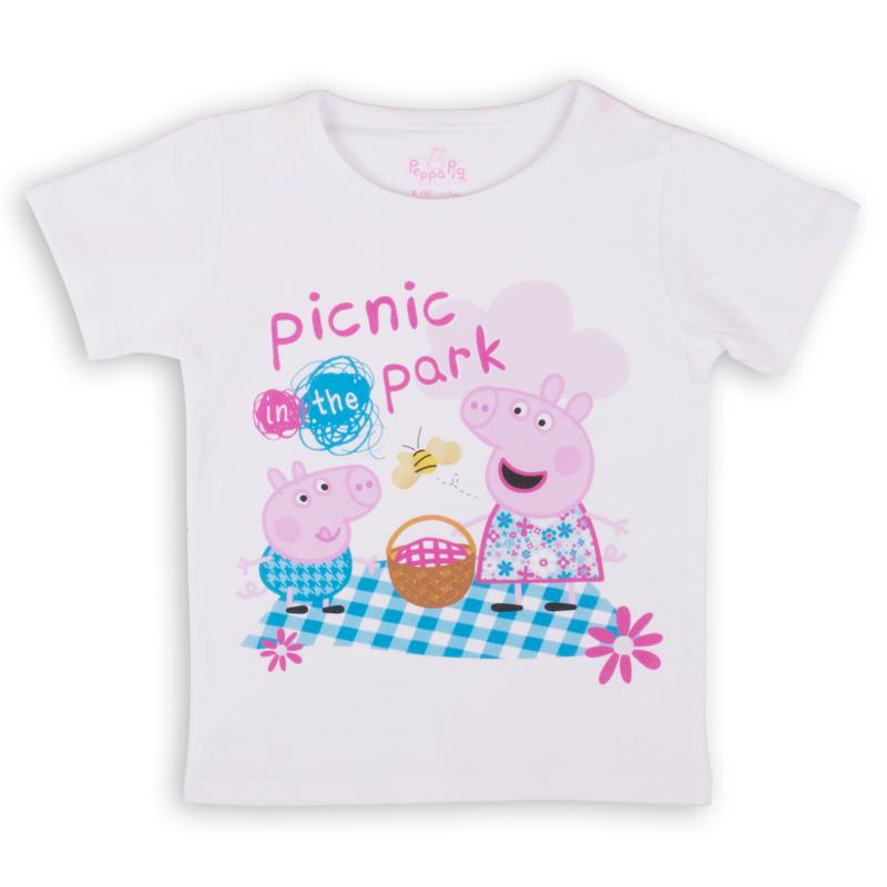 ZG 02488-W1Удобная и комфортная в носке футболка с коротким рукавом с изображением мультипликационного героя Свинки Пеппы станет отличным дополнением к повседневному гардеробу девочки.