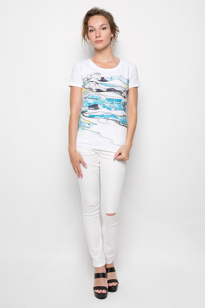 ФутболкаS16-14052_201Стильная женская футболка Finn Flare, выполненная из высококачественного эластичного хлопка, обладает высокой теплопроводностью, воздухопроницаемостью и гигроскопичностью, позволяет коже дышать. Модель с короткими рукавами и круглым вырезом - идеальный вариант для создания образа в стиле Casual. Футболка оформлена оригинальным принтом спереди. Такая модель подарит вам комфорт в течение всего дня и послужит замечательным дополнением к вашему гардеробу.