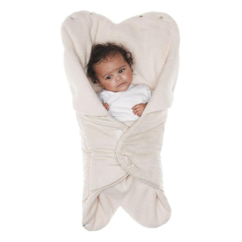 WW.0809.1101Конверт-лепесток для новорожденного Wallaboo выполнен из высококачественной искусственной замши и имеет подкладку из искусственного меха на основе полиэстера. Наполнитель - синтепон. Он подойдет для малышей с самого рождения. Конверт легко раскладывается, благодаря чему его можно использовать в качестве одеяла или даже коврика для игр. Верхняя часть конверта бережно обхватывает голову малыша и надежно сохраняет тепло. В нижней части конверта располагается кармашек для ног0. Липучки и кнопки позволяют быстро зафиксировать конверт и обеспечивают надежное облегание, которое не ограничивает движения малыша и подарит ему чувство комфорта и защищенности. Такой конверт подойдет для большинства колясок и детских сидений.