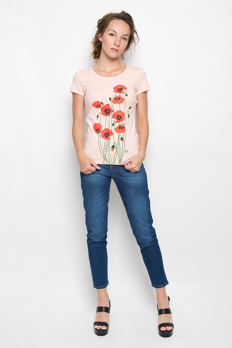 Футболка женская Poppies. 12380160085_12380_peachСтильная женская футболка F5 Poppies, выполненная из эластичного хлопка, обладает высокой теплопроводностью, воздухопроницаемостью и гигроскопичностью, позволяет коже дышать. Модель с короткими рукавами и круглым вырезом горловины - идеальный вариант для создания стильного современного образа. Футболка оформлена красочным принтом с изображением маков. Такая модель подарит вам комфорт в течение всего дня и послужит замечательным дополнением к вашему гардеробу.