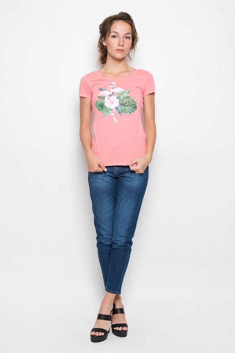 160083_12380_coralСтильная женская футболка F5 Flamingo, выполненная из натурального хлопка, обладает высокой теплопроводностью, воздухопроницаемостью и гигроскопичностью, позволяет коже дышать. Модель с короткими рукавами и круглым вырезом горловины - идеальный вариант для создания стильного современного образа. Футболка оформлена оригинальным принтом с изображением фламинго в цветах.
