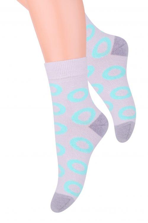Носки014 (DN213)/014 (DO213)Хлопковые носки для девочки Steven отлично подойдут для повседневной носки. Изделие оформлено оригинальным рисунком по всему паголенку и мысу. Они изготовлены из высококачественного материала, очень мягкие на ощупь, не раздражают даже самую нежную и чувствительную кожу. Такие носки послужат замечательным дополнением к детскому гардеробу!