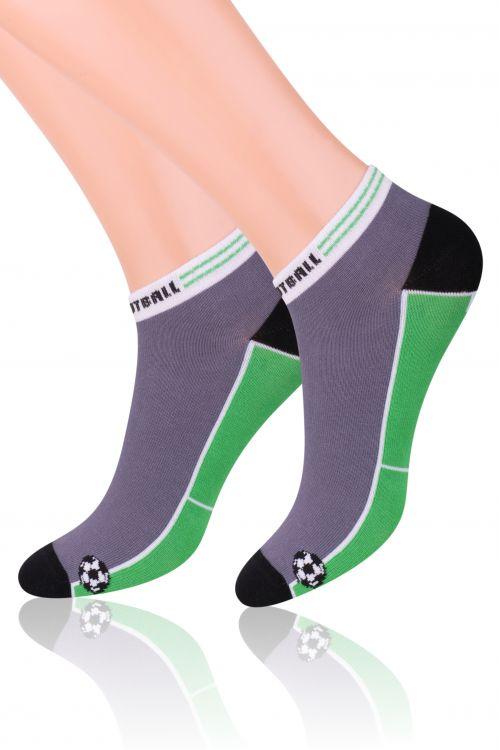 Носки004 (RD82)Хлопковые носки для мальчика Steven отлично подойдут для повседневной носки. Они изготовлены из высококачественного материала, очень мягкие на ощупь, не раздражают даже самую нежную и чувствительную кожу. Оформлено изделие рисунком на футбольную тематику. Такие носки послужат замечательным дополнением к детскому гардеробу!