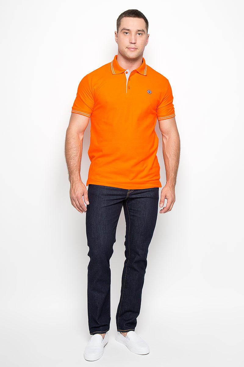 160100_02336Стильная мужская футболка-поло F5, выполненная из высококачественного хлопка, обладает высокой теплопроводностью, воздухопроницаемостью и гигроскопичностью, позволяет коже дышать. Модель с короткими рукавами и отложным воротником сверху застегивается на три пуговицы. На груди футболка оформлена небольшой брендовой нашивкой. Классический покрой, лаконичный дизайн, безукоризненное качество. В такой футболке вы будете чувствовать себя уверенно и комфортно.