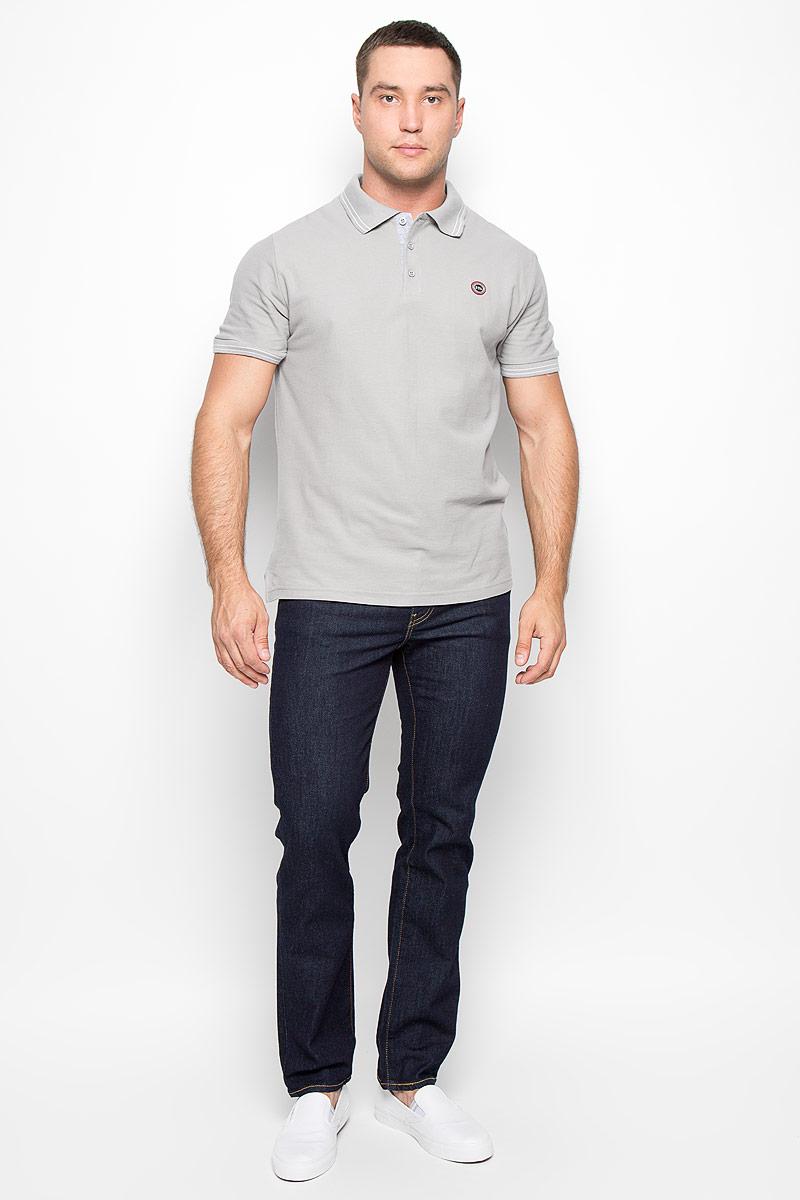 Футболка-поло мужская. 1601160100_02336Стильная мужская футболка-поло F5, выполненная из высококачественного хлопка, обладает высокой теплопроводностью, воздухопроницаемостью и гигроскопичностью, позволяет коже дышать. Модель с короткими рукавами и отложным воротником сверху застегивается на три пуговицы. На груди футболка оформлена небольшой брендовой нашивкой. Классический покрой, лаконичный дизайн, безукоризненное качество. В такой футболке вы будете чувствовать себя уверенно и комфортно.