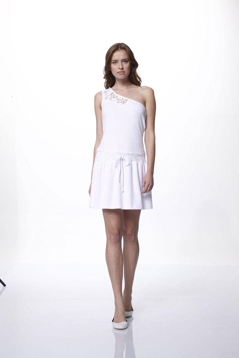 Платье. 4568945689Элегантное платье Relax Mode выполнено из 100% вискозы. Такое платье обеспечит вам комфорт и удобство при носке и непременно вызовет восхищение у окружающих. Асимметричная модель-мини на одной бретельке выгодно подчеркнет все достоинства вашей фигуры. Изделие дополнено кружевными вставками и оснащено шнурком-кулиской на талии. Изысканное платье-мини создаст обворожительный и неповторимый образ. Это модное и удобное платье станет превосходным дополнением к вашему гардеробу, оно подарит вам удобство и поможет подчеркнуть ваш вкус и неповторимый стиль.