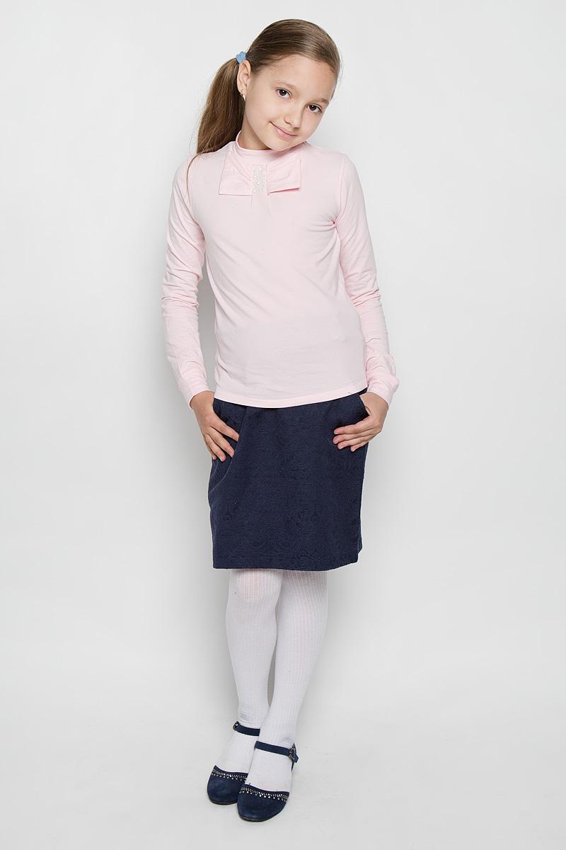 БлузкаAW15GS273A-5Стильная блузка для девочки Nota Bene, выполненная из мягкого эластичного хлопка, станет отличным дополнением к детскому гардеробу. Благодаря составу, изделие тактильно приятное, не сковывает движений, позволяет коже дышать. Блузка с воротником-стойкой и длинными рукавами дополнена спереди бантом. На рукавах предусмотрены мягкие манжеты. Украшена модель декоративными металлическими клепками. Оригинальный дизайн и высокое качество исполнения принесут удовольствие от покупки и подарят отличное настроение!