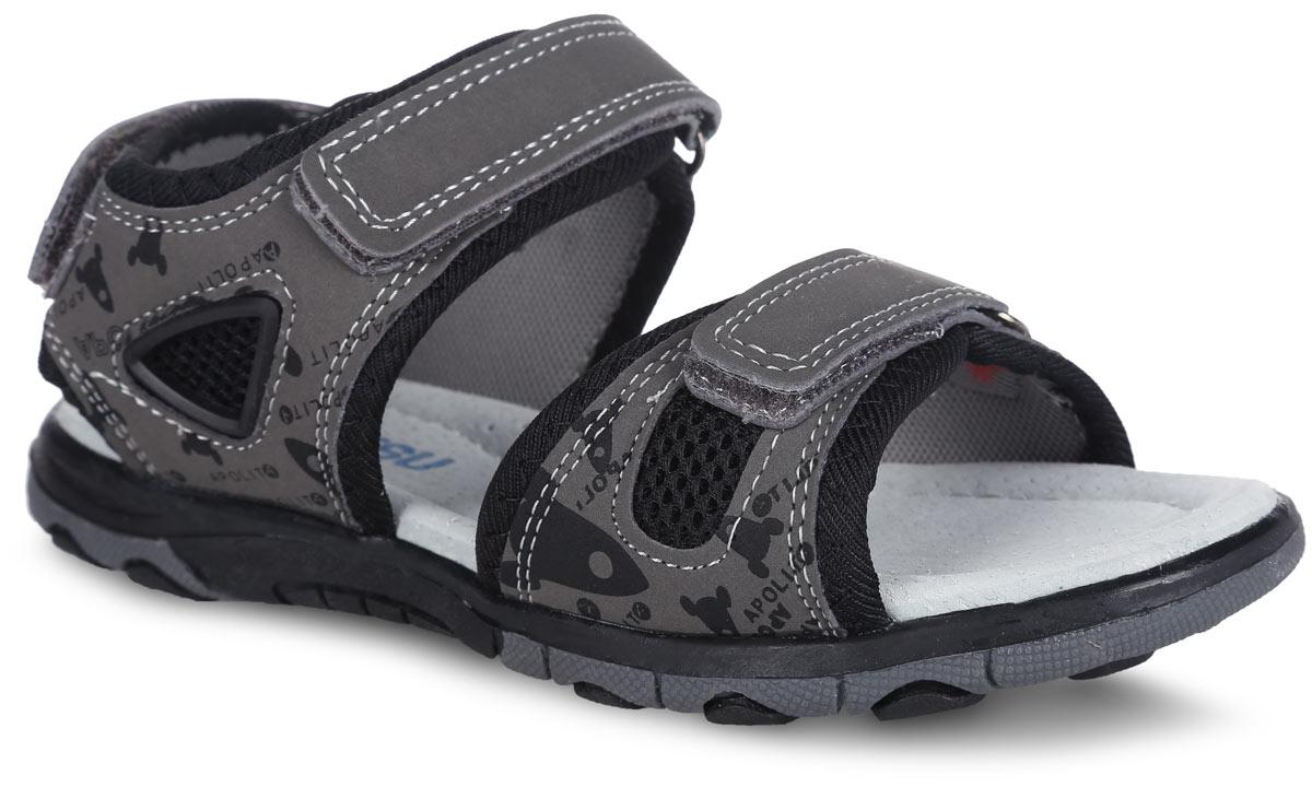 Сандалии для мальчика. 10060100608Удобные сандалии от Mursu - основа летнего гардероба каждого ребенка. Модель, выполненная из искусственной кожи и текстиля, декорирована контрастной прострочкой. Ремешки на застежках-липучках надежно зафиксируют ногу. Сбоку модель оформлена оригинальным принтом и вставкой из ПВХ. Стелька из натуральной кожи дополнена супинатором, который обеспечивает правильное положение ноги ребенка при ходьбе. Подошва с рифленым протектором обеспечивает идеальное сцепление с любой поверхностью. Чудесные сандалии не оставят равнодушным вашего мальчика!