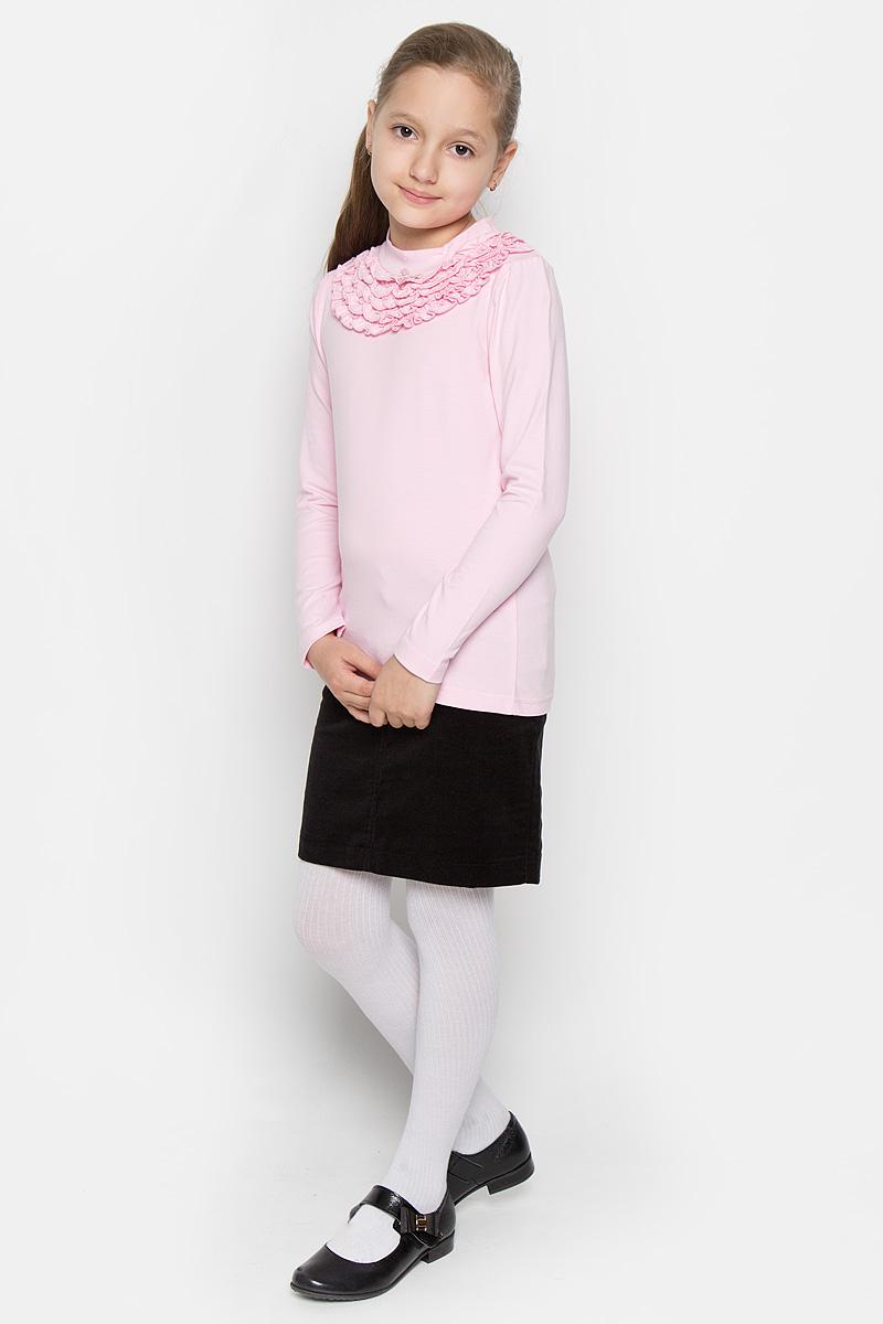 364070Красивая водолазка для девочки Scool идеально дополнит образ юной модницы. Модель выполнена из эластичного хлопка, мягкая и приятная на ощупь. Водолазка не сковывает движения и позволяет коже дышать, не раздражает нежную и чувствительную кожу ребенка, обеспечивая комфорт. Водолазка с длинными рукавами и воротником-стойкой украшена нарядными рюшами в несколько рядов под воротником, а также небольшим атласным бантиком. Такая водолазка отлично подойдет как к брюкам, так и к юбочкам. В ней ваша принцесса всегда будет в центре внимания!
