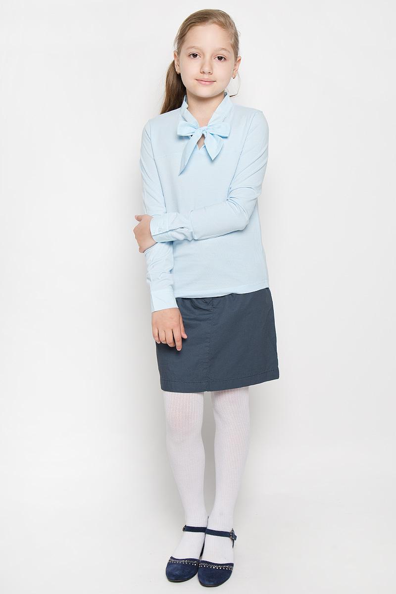 БлузкаAW15GS108B-10Блузка Nota Bene сделает школьный образ ребенка стильным и интересным. Изготовленная из мягкого эластичного хлопка, она приятная на ощупь, не сковывает движения и хорошо пропускает воздух, обеспечивая комфорт. Модель с длинными рукавами имеет воротник-аскот, который дополнен лентами, завязывающимися на бант. На рукавах предусмотрены манжеты с застежками-пуговицами. Такая блузка станет оригинальным вариантом для каждого дня стильной школьницы!