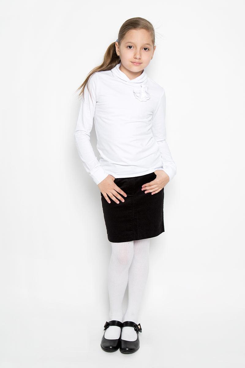 Водолазка для девочки. AW15GS275B-1AW15GS275B-1Практичная водолазка для девочки Nota Bene станет базовой моделью гардероба вашей модницы. Изготовленная из хлопка с добавлением спандекса, она необычайно мягкая и приятная на ощупь, обеспечивает свободу движений и комфорт, а также позволяет коже дышать, не раздражает даже самую нежную и чувствительную кожу ребенка. Водолазка с длинными рукавами дополнена воротником-стойкой с разрезом. На груди модель оформлена трикотажным цветком. В ней ваш ребенок будет чувствовать себя уютно и комфортно!