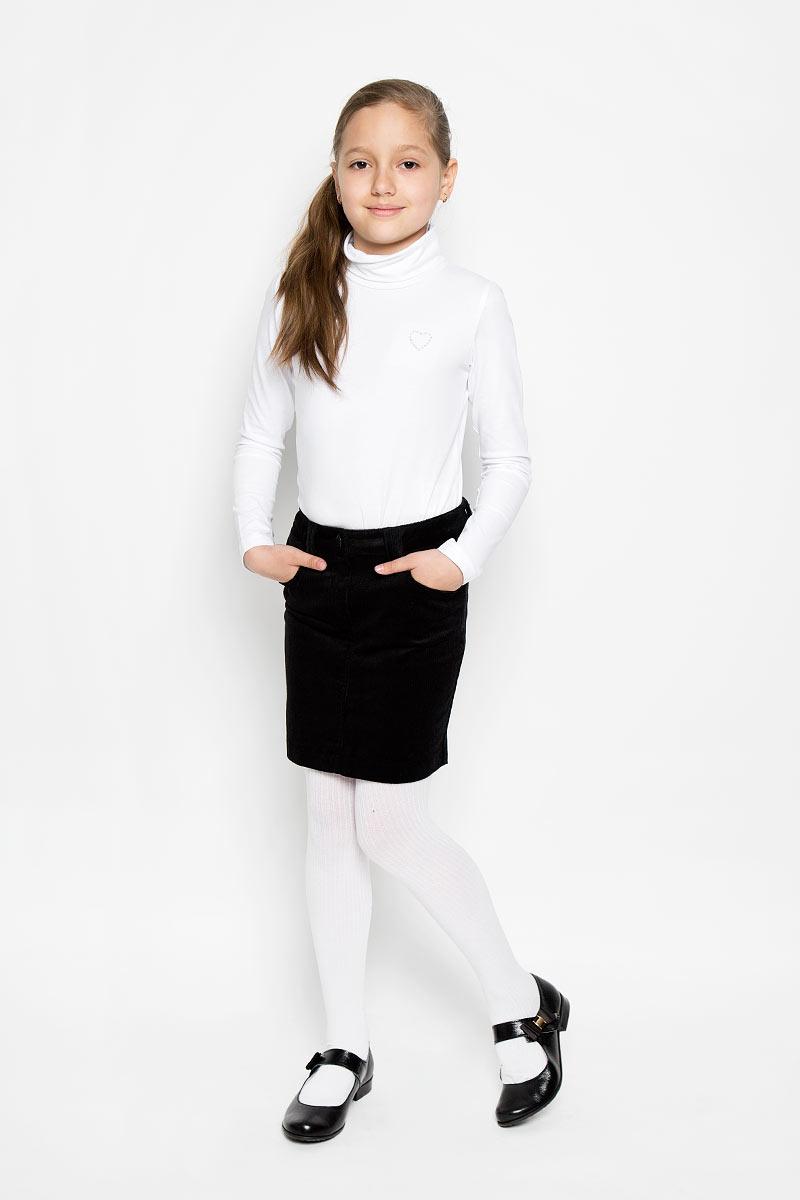 Юбка354024Стильная вельветовая юбка для девочки Scool идеально подойдет для школы. Изготовленная из хлопка с добавлением эластана, она необычайно мягкая и приятная на ощупь, не сковывает движения малышки и позволяет коже дышать, не раздражает даже самую нежную и чувствительную кожу ребенка, обеспечивая ему наибольший комфорт. Юбка прямого кроя застегивается на пуговицу и имеет ширинку с металлической застежкой-молнией. Имеются шлевки для ремня. При необходимости пояс можно утянуть скрытой резинкой на пуговках. Спереди юбочка дополнена двумя втачными кармашками. В сочетании с любым верхом, юбка выглядит строго, красиво, достойно. Оригинальный современный дизайн делает эту юбку модным и стильным предметом детского гардероба. В ней ваша маленькая леди всегда будет в центре внимания!