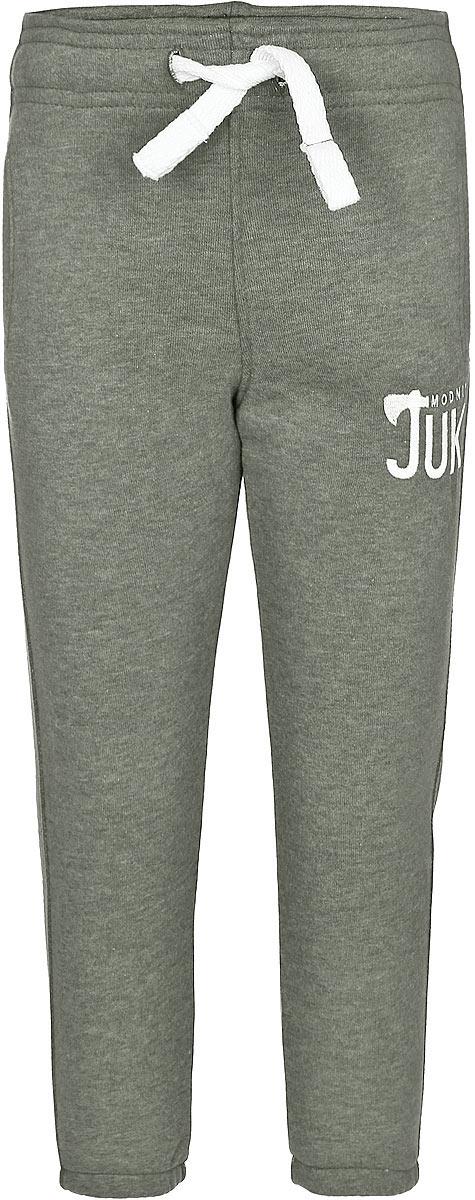 15В00170700Удобные брюки для мальчика Modniy Juk идеально подойдут вашему маленькому моднику. Изготовленные из хлопка с добавлением полиэстера, они мягкие и приятные на ощупь, не сковывают движения, сохраняют тепло и позволяют коже дышать, обеспечивая наибольший комфорт. Изнаночная сторона изделия имеет небольшие петельки. Модель слегка зауженного книзу кроя, на талии имеет широкую мягкую резинку, благодаря чему брюки не сдавливают живот ребенка и не сползают. Объем талии регулируется при помощи затягивающегося шнурка. Изделие дополнено двумя втачными кармашками со скошенными краями и украшено вышивкой в виде логотипа бренда. Низ брючин дополнен эластичными резинками. Практичные и стильные брюки идеально подойдут вашему малышу, а модная расцветка и высококачественный материал позволят ему комфортно чувствовать себя в течение дня!