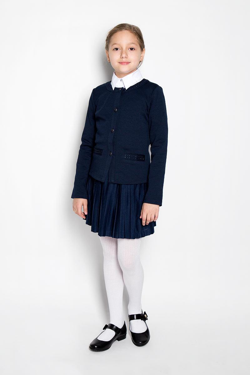 Жакет364051Изысканный жакет для девочки Scool идеально подойдет для вашей модницы. Изготовленный из высококачественной ткани, он необычайно мягкий и приятный на ощупь, не сковывает движения малышки и позволяет коже дышать, не раздражает даже самую нежную и чувствительную кожу ребенка, обеспечивая ему наибольший комфорт. Жакет с длинными рукавами и круглым вырезом горловины застегивается на металлические переливающиеся пуговицы. Модель дополнена имитацией прорезных карманов, оформленных стразами. Горловина также декорирована стразами. Оригинальный современный дизайн и модная расцветка делают этот жакет модным и стильным предметом детского гардероба. В нем ваша малышка будет чувствовать себя уютно и комфортно, и всегда будет в центре внимания!